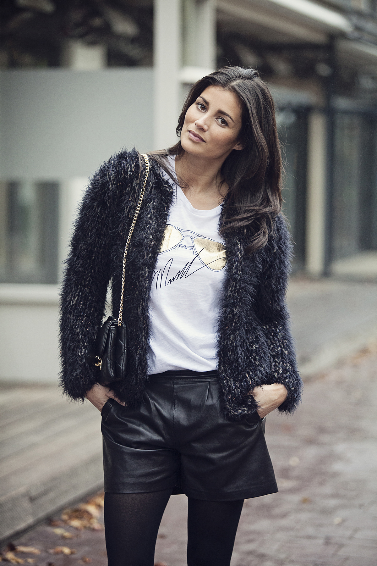 How to wear leather shorts in autrumn winter blogforshops streetstyle 2014 Michael Kors Kiro by Kim