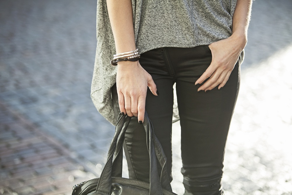 streetstyle 2015 spring summer collection shades of grey, black biker www.blogforshops.nl