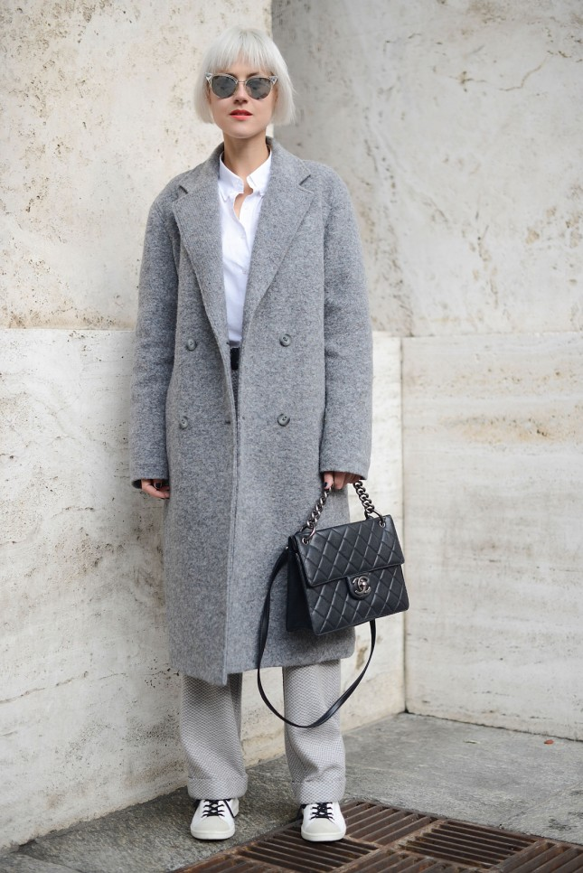 inspi grey coat Linda Tol