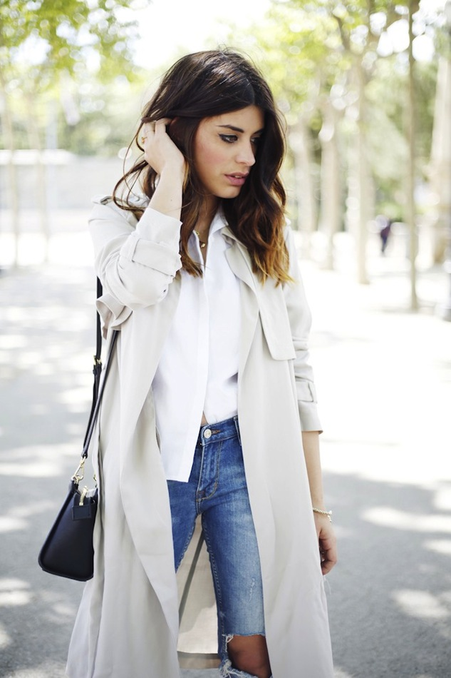 Le Fashion Blog Light Grey Beige Trench Coat White Shirt Wavy Ombre Hair Ripped Jeans Michael Kors Selma Bag Aida Domenech Dulceida