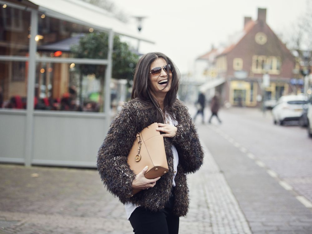street style fashion pre spring 2015 large furry cardigan camel colored Michael Kors Bag